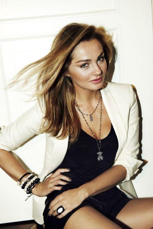Małgorzata Socha w kampanii marki Tous