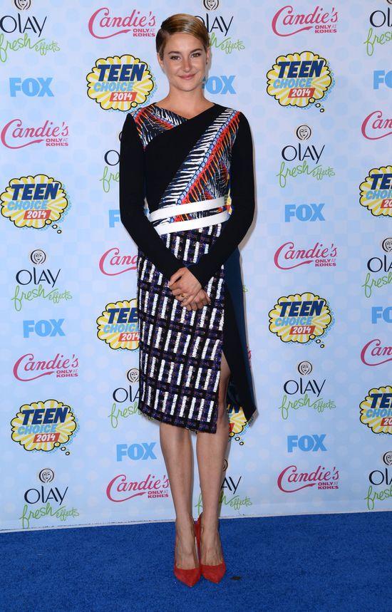 Kreacje gwiazd na gali Teen Choice Award 2014