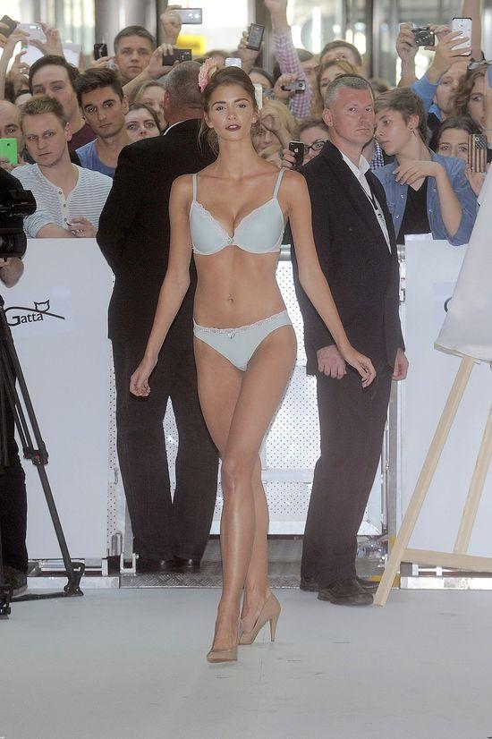 Pokaz bielizny autorstwa Britney Spears