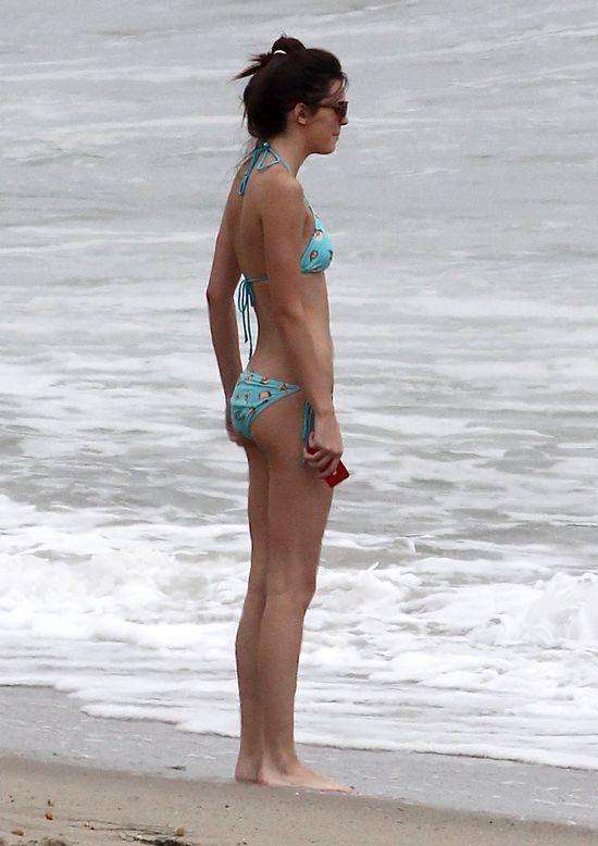 Szczuplutka Kendall Jenner w bikini