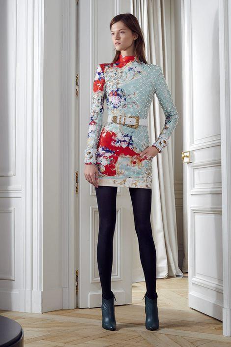 Lily Collins w balmain (FOTO)