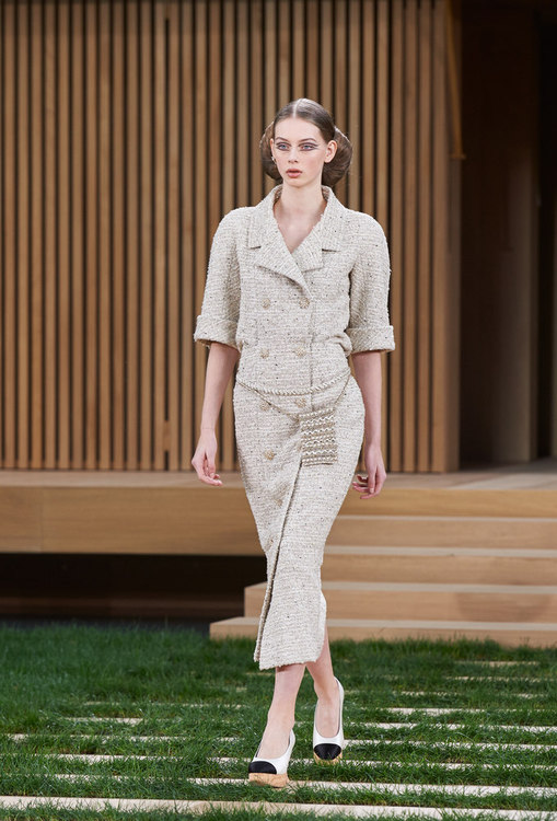 Chanel - Haute Couture Spring-Summer 2016