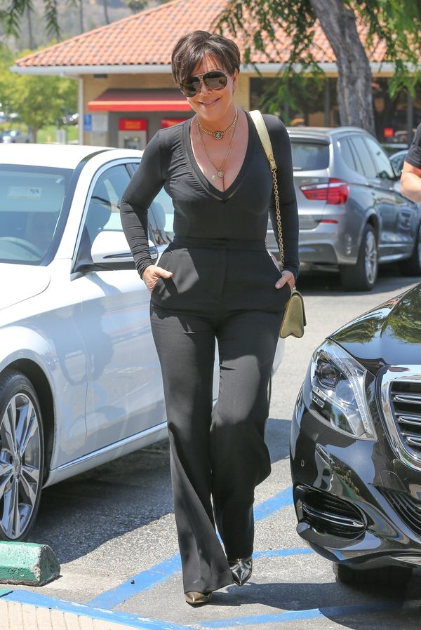 Co tam brzuch Kourtney! Spójrzcie tylko na brzuch Kris Jenner!