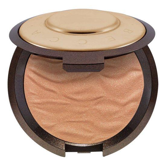 Idealny bronzer do opalania twarzy - must have na lato [PRZEGLĄD]