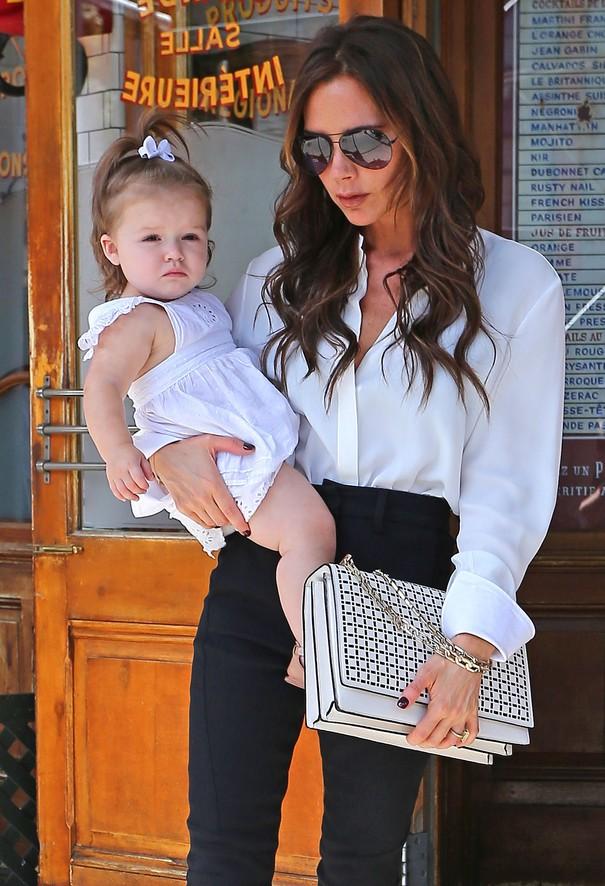 Victoria Beckham w ubraniach ze swojej kolekcji
