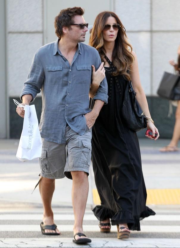 Kate Beckinsale w codziennej stylizacji