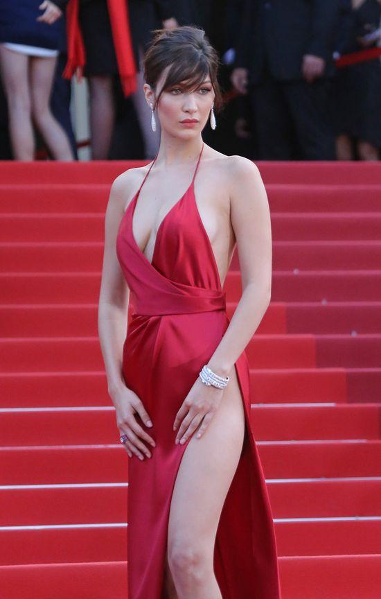 Ups! Bella Hadid jeszcze nigdy nie zaliczyła takiej wpadki na pokazie mody