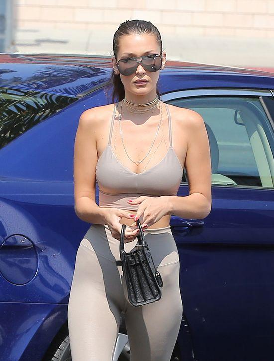 W takim stroju nawet modelka będzie wyglądać źle... (FOTO)