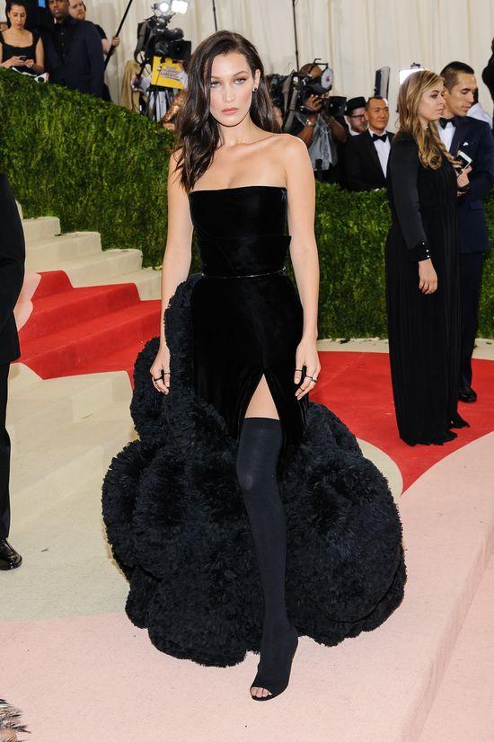 Tym zdjeciem Bella Hadid wprowadziła w osłupienie swoich fanów