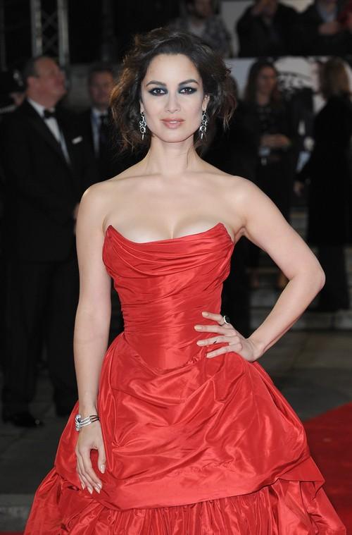 Berenice Marlohe w sukni Vivienne Westwood
