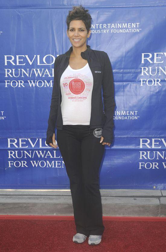 U Halle Berry widać już ciążowy brzuszek (FOTO)