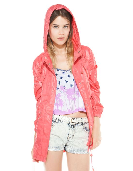 Deszczowa moda - przegląd parek  z sieciówek (FOTO)