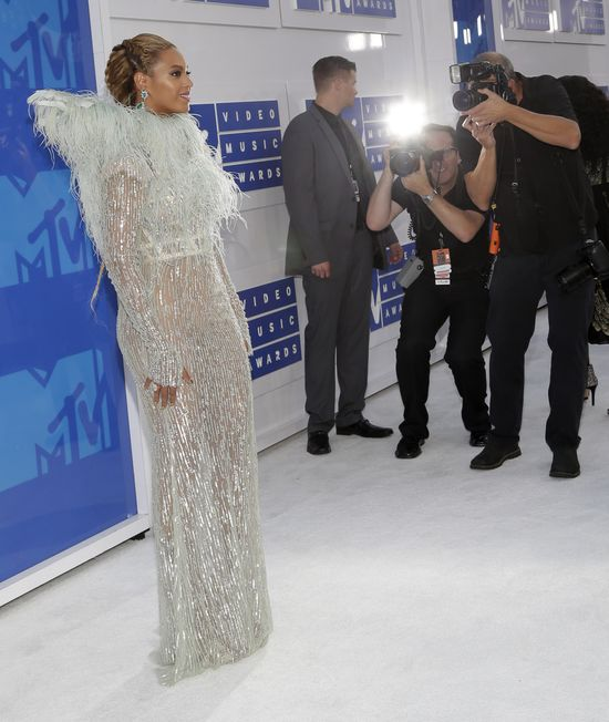 Beyonce na gali MTV VMA 2016 miała wyglądać jak anioł! (FOTO)