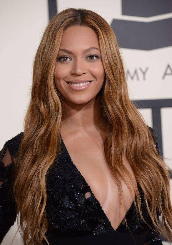 Modelka z zanikiem mięśni będzie promować ubrania Beyonce!