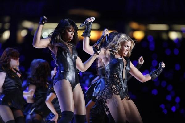 Beyonce na Super Bowl (FOTO)