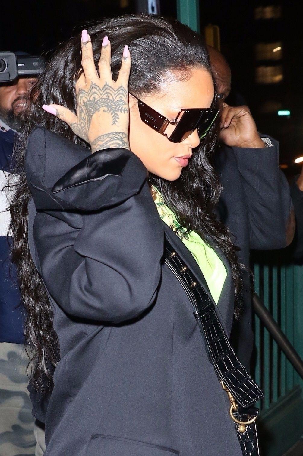 Wygląda na to, że Rihanna otwiera kolejny biznes. Tym razem będzie to dom mody!