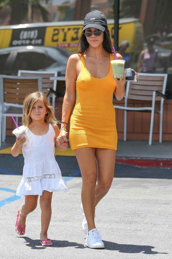 Sutki w roli głównej, czyli... Gdy Kourtney Kardashian bierze przykład z Kim...