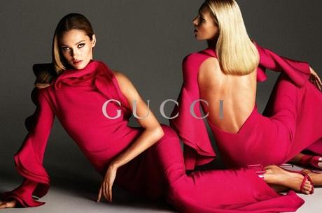Zuzanna Bijoch na kwietniowej okładce Vogue Ukraine