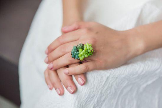 Oto pierwsza na świecie żywa biżuteria (FOTO)