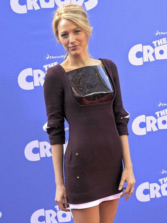 Blake Lively w burgundowej sukience Marios Schwab (FOTO)