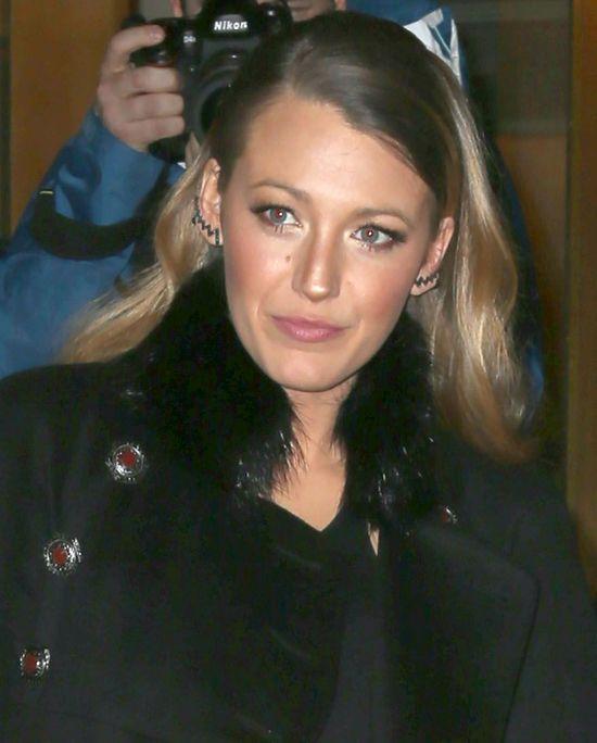 Blake Lively, co się stało z twoją fryzurą?! (FOTO)