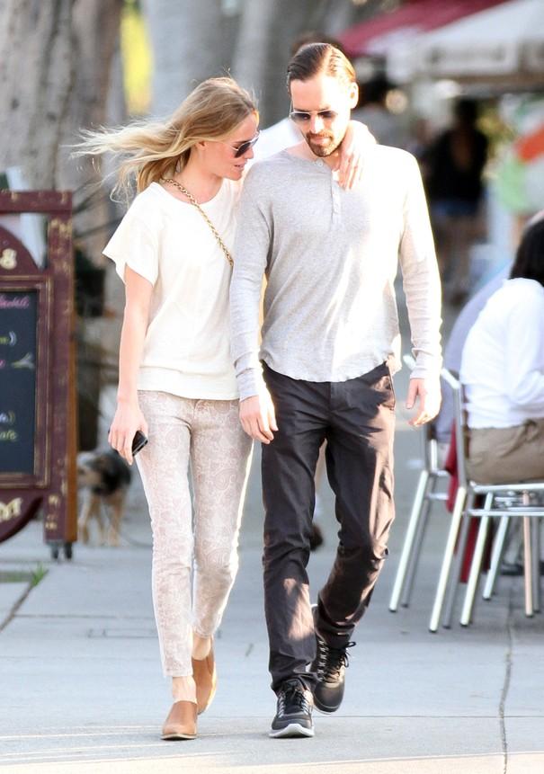 Kate Bosworth w spodniach Current/Elliott