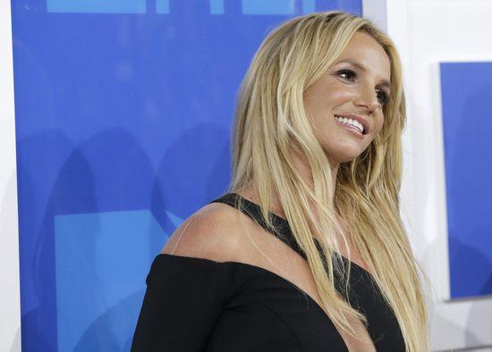 Britney Spears pokazała filmik z siłowni, cały świat się z niej śmieje (VIDEO)