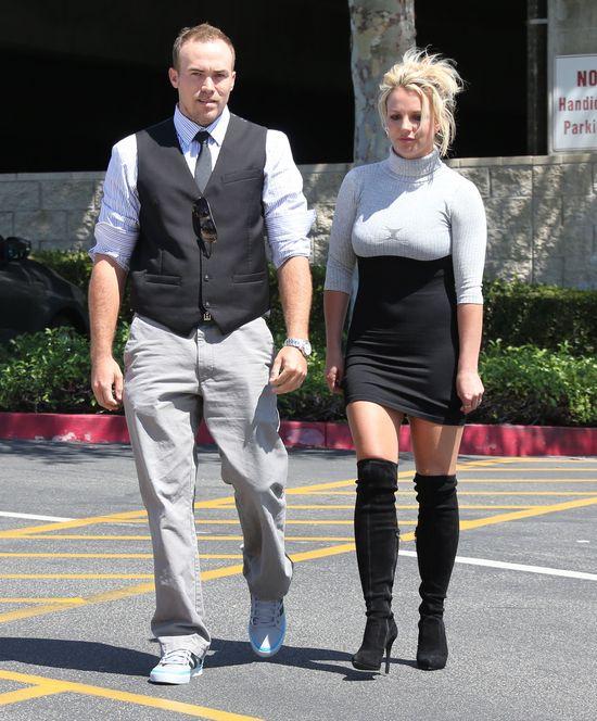 Britney Spears w wersji black&white (FOTO)