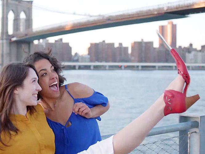 buty do robienia selfie