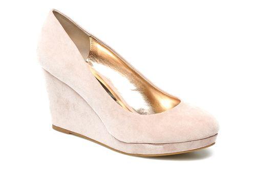 Buty, na które warto postawić w marcu