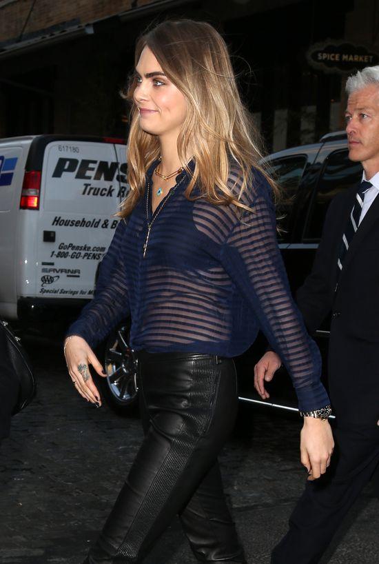 Cara Delevingne - elegantka w Nowym Jorku (FOTO)
