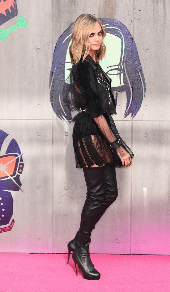 Cara Delevingne nie wstydzi się łuszczycy i zachwyca stylem