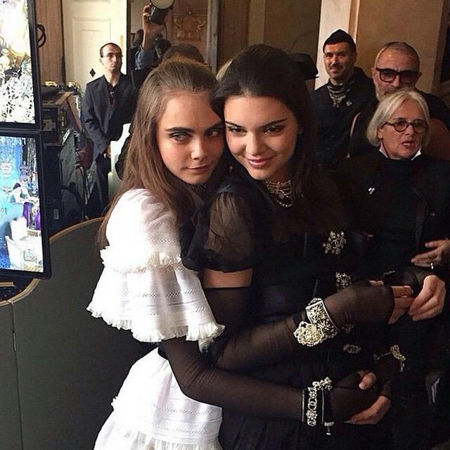 Kendall Jenner podbiła wybieg Chanel (FOTO)