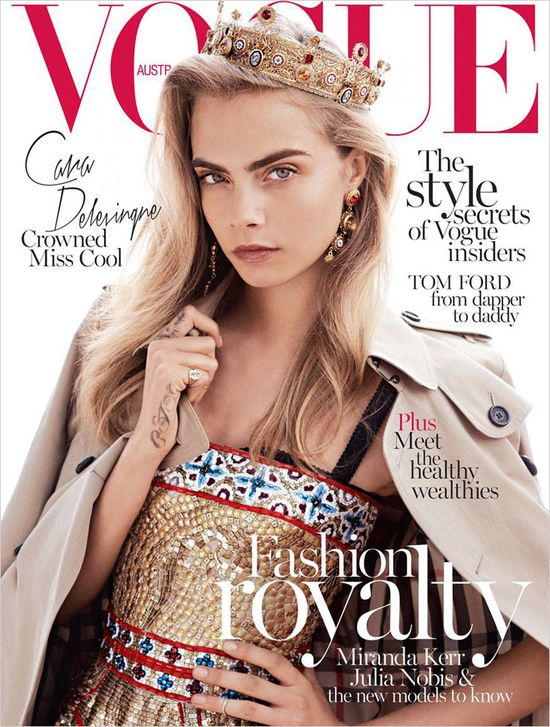 Backstage z sesji Cary Delevingne dla Vogue'a (VIDEO)