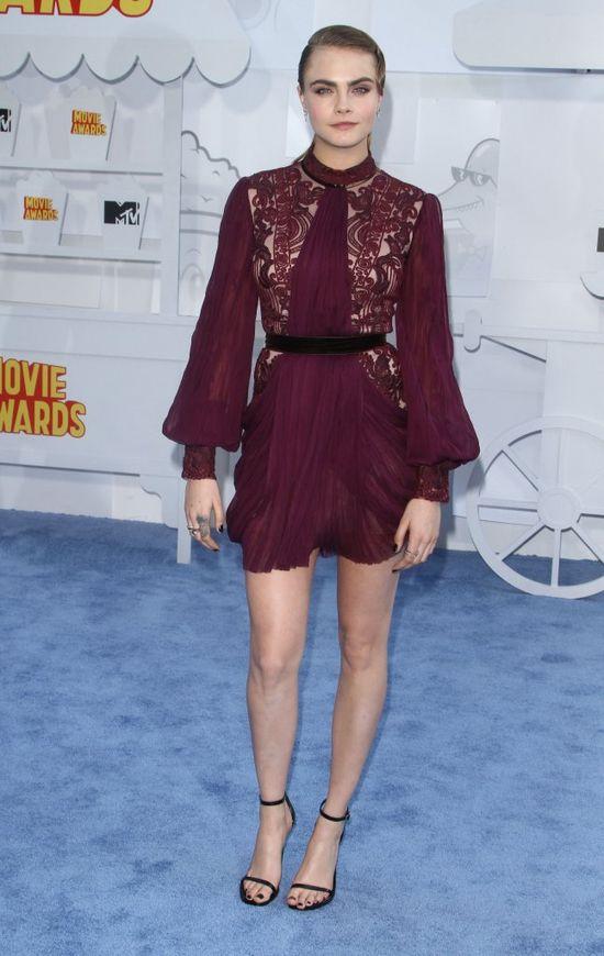 Cara Delevingne w świetnej formie na gali MTV Movie Awards