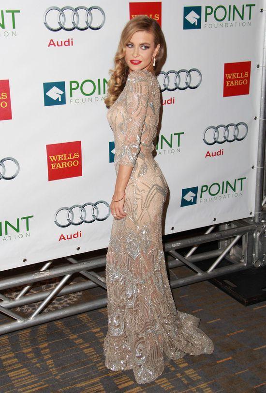 Carmen Electra w złotej sukni (FOTO)