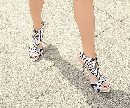 Agnieszka Cegielska - tylko spójrzcie na jej buty!