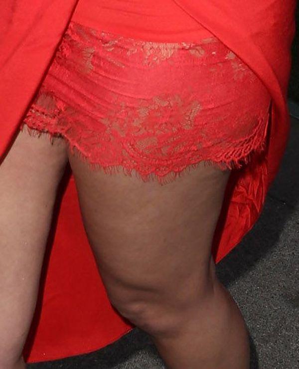 Nawet super fit ideał - Khloe Kardashian - zmaga się z cellulitem! (FOTO)