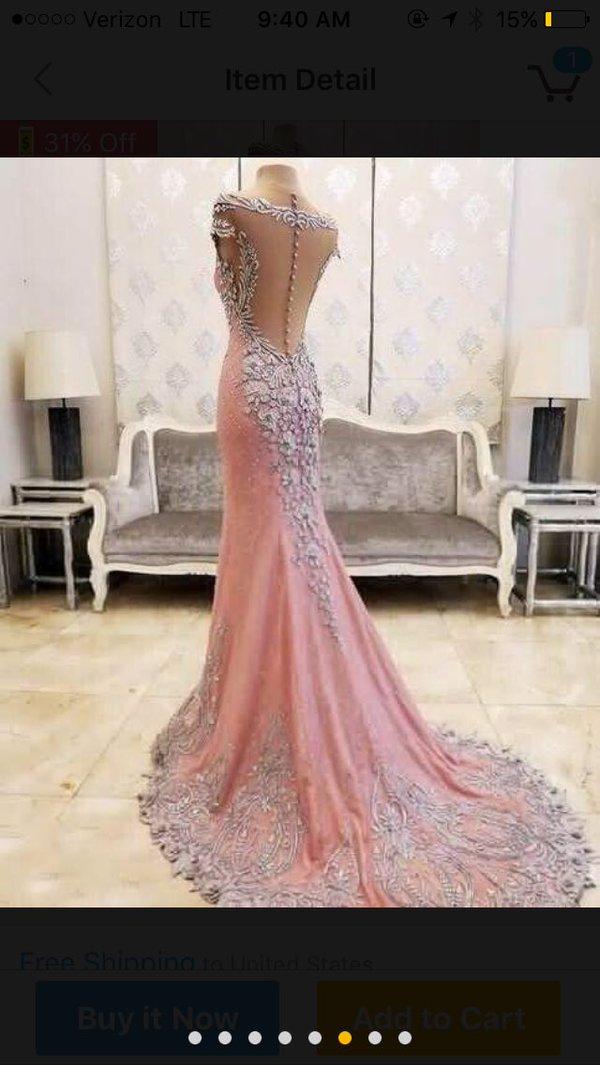 Oczekiwania vs rzeczywistość - ta dziewczyna zamówiła sukienkę na bal z Chin...