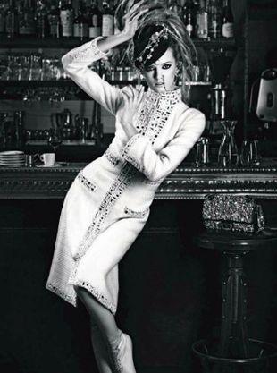 Daria Strokous dla Chanel's Bombay 2012