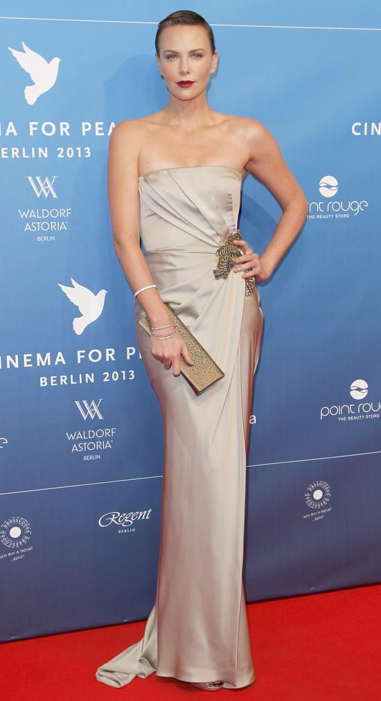 Charlize Theron w Gucci (FOTO)