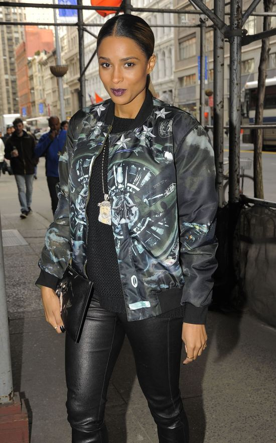 Ciara w Givenchy (FOTO)