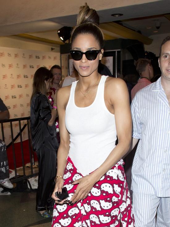 Ciara w drodze na piżama party