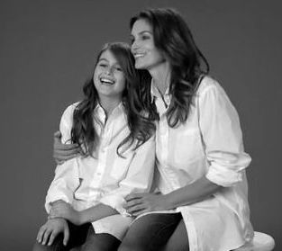 Cindy Crawford w reklamie ze swoją córką