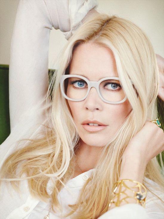 43-letnia Claudia Schiffer w kampanii okularów (FOTO)