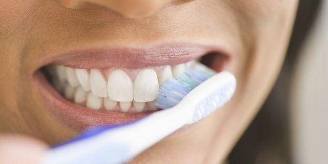 Mycie zębów? Możliwe że całe życie robiłaś to źle...