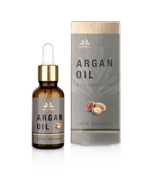 Olej arganowy jest wyjątkowym olejem roślinnym, ponieważ zawiera dużą dawkę witaminy E. Wykazuje również działanie przeciwzapalne, łagodzące i sprzyja gojeniu. Nienasycone kwasy tłuszczowe omega-6 i omega-9 wspomagają regenerację bariery hydrolipidowej naskórka oraz uzupełniają niedobory składników tłuszczowych, w tym cennych ceramidów stanowiących cement komórkowy. Wyjątkowa kompozycja oleju arganowego sprawia, że jest bardzo dobrze przyswajalny i całkowicie wchłaniany przez skórę. Pod wpływem enzymów występujących w skórze, składniki oleju są odpowiednio modyfikowane i wnikają w głębsze warstwy skóry.