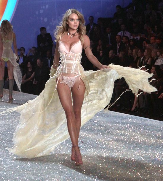 Lindsay Ellingson - słodki aniołek Victoria's Secret
