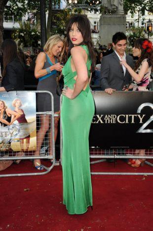 Daisy Lowe w zielonej sukni