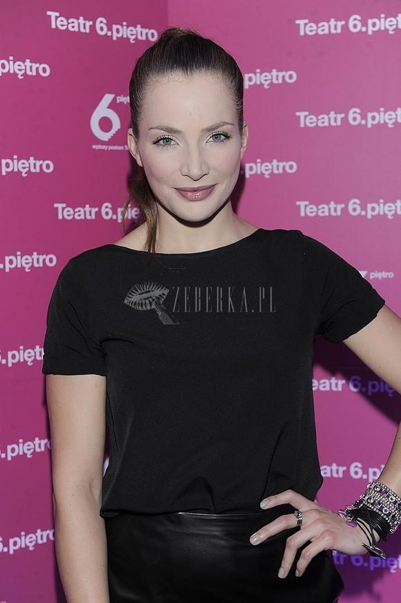 Anna Dereszowska w dwóch stylizacjach